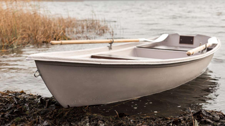 Лодка LAIBA